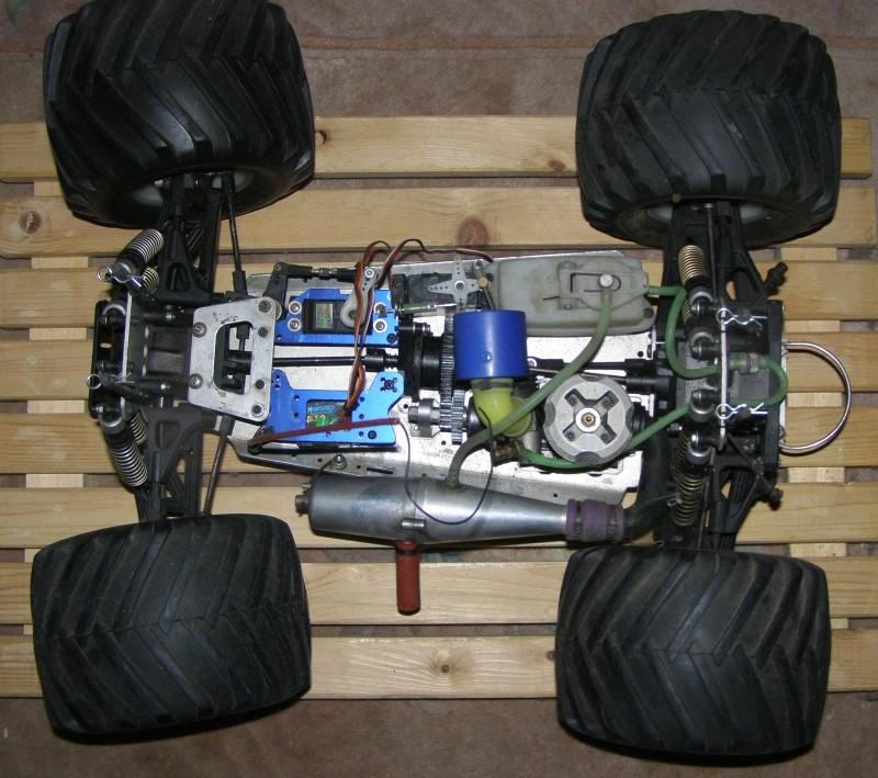 Kyosho USA-1 Nitro Crusher 4WD